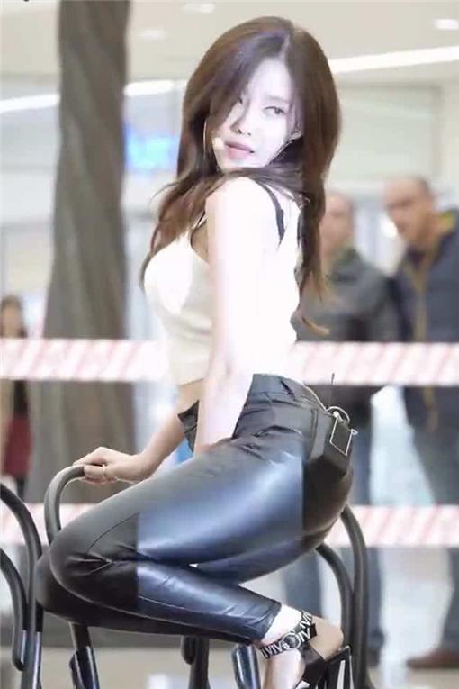 T-ara朴孝敏《Sketch》MV
