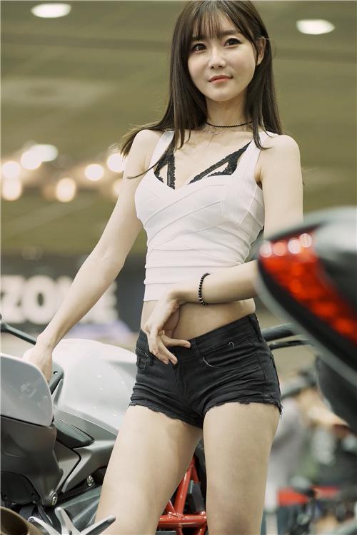 韩国性感模特精选饭拍21096