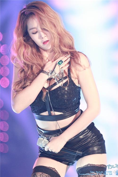 Sistar韩国女团《Funny》现场