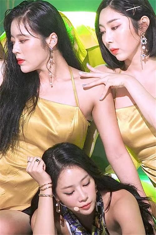 SOYOU韩国女团 20200802饭拍